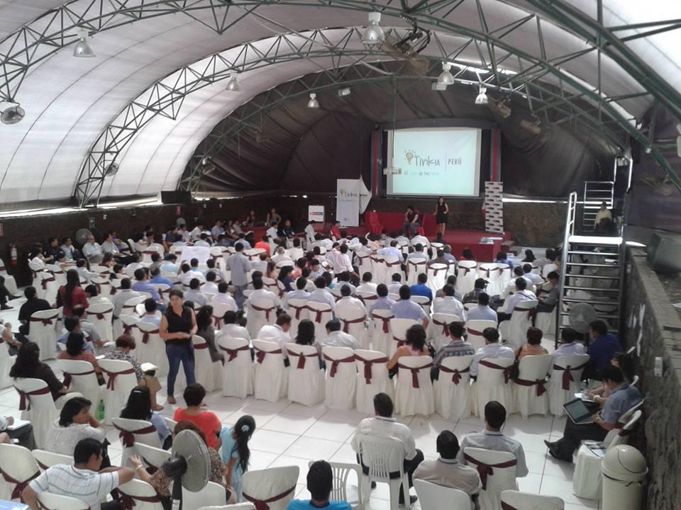 Realidad Virtual en «Educación emprendedora para la Innovación» evento de MINEDU y  TINKU